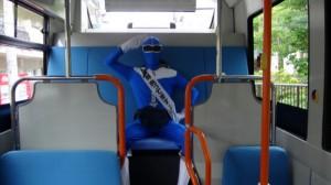 坂活をはじめた頃、はずかしくて座席に擬態していた私(にゃみにゃみ。さん撮影)